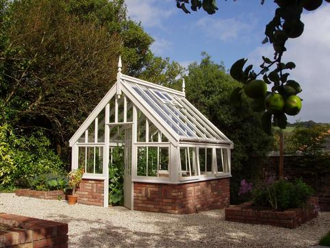 Traditional style greenhouses manufactured and designed in for Greenhouse styles